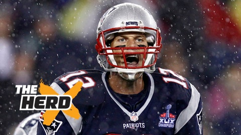 Sep 10, 2015; Foxborough, MA, USA; New England Patriots quarterback Tom Brady (12) calls an audible against the Pittsburgh Steelers during the second half at Gillette Stadium. Mandatory Credit: Mark L. Baer-USA TODAY Sports