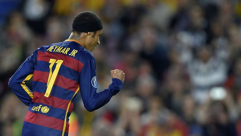 Neymar breaks Barcelona deadlock vs. BATE | 2015–16 UEFA Champions League Highlights
