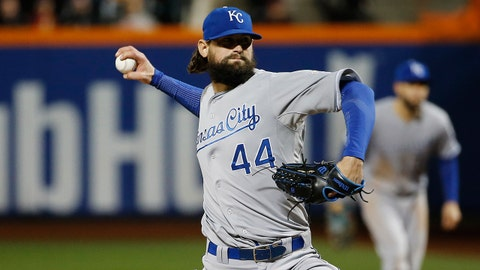 Kansas City Royals pitcher Luke Hochevar pitches during the sixth inning of Game 4 of the Major League Baseball World Series against the New York Mets Saturday, Oct. 31, 2015, in New York. (AP Photo/Matt Slocum)