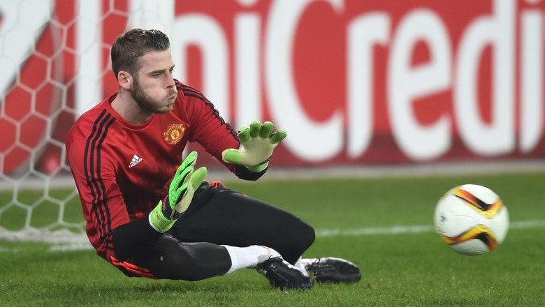 De Gea out of Manchester United Europa League match after suffering injury in team warmup