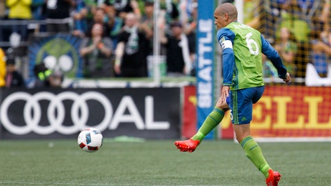 Seattle Sounders - Osvaldo Alonso: $1.141 million