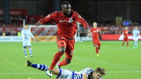 Jozy Altidore vs. Chad Marshall and Roman Torres