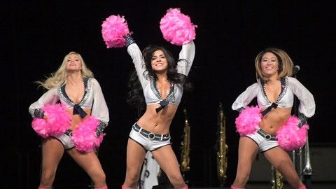 Seahawks cheerleaders