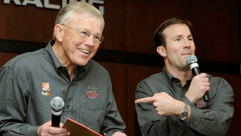 Joe Gibbs Racing announces move to Toyota, 2007