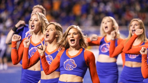 Boise State cheerleaders