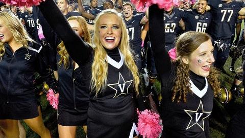 Vanderbilt cheerleaders
