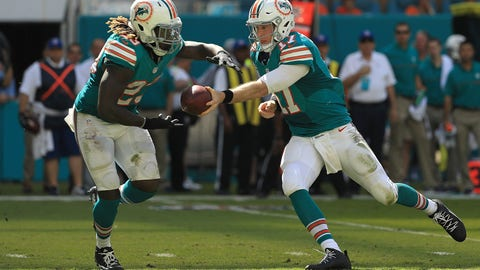 Dolphins: Implant a power run offense