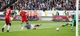 Joshua Kimmich restores Bayern's lead against Frankfurt | 2016-17 Bundesliga Highlights