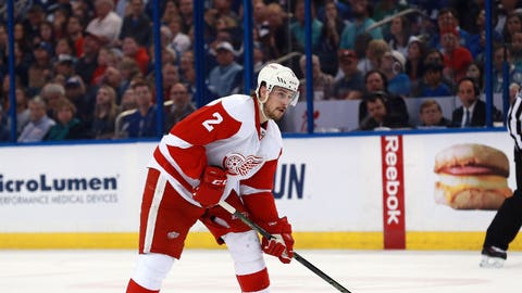 Rangers acquire defenseman Brendan Smith from Wings