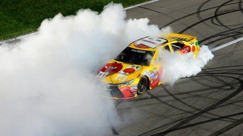 Kyle Busch, GoBowling.com 400 at Kansas