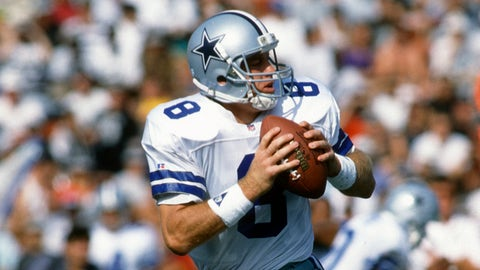 Most consecutive passes by a Cowboys QB without an interception