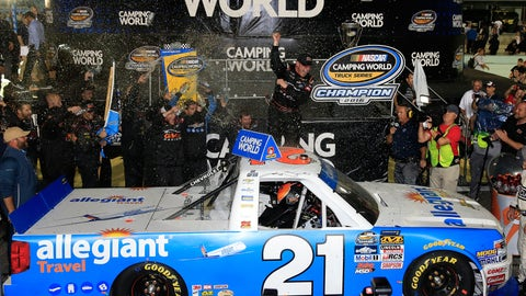 Best photos from Truck Series finale at Homestead