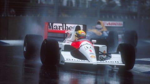 Senna leads Mansell
