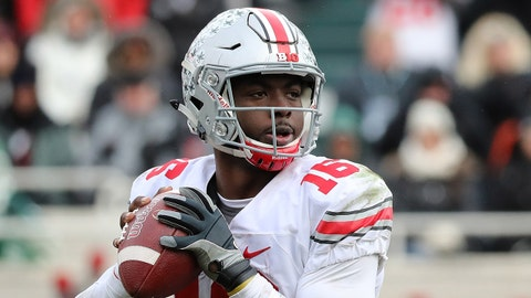 EAST LANSING, MI - NOVEMBER 19: J.T. Barrett #16 of the Ohio State Buckeyes drops back to pass during the fourth quarter of the game against the Michigan State Spartans at Spartan Stadium on November 19, 2016 in East Lansing, Michigan. Ohio State defeated Michigan State 17-16. (Photo by Leon Halip/Getty Images)