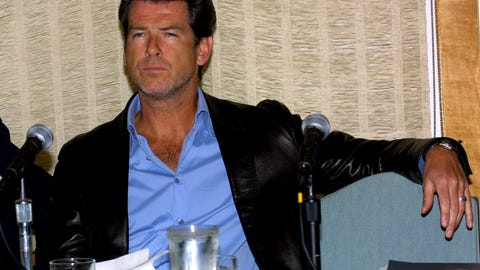 2001 - Pierce Brosnan
