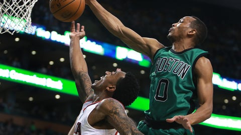 Avery Bradley: two-way ninja