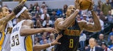 Hawks LIVE To Go: Howard's 20-20 game pushes Hawks past Pacers