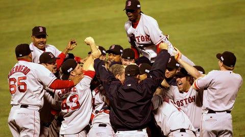 Boston Red Sox: 873-747 (.539)