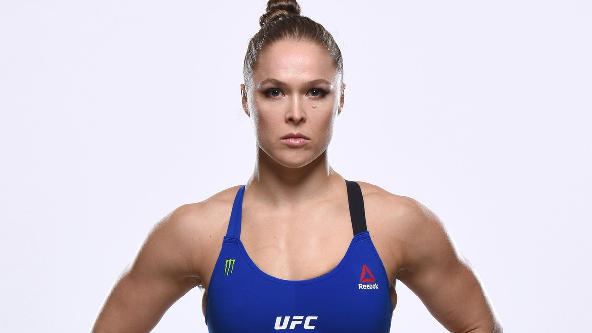Ufc 207 Fighters Have Mixed Opinions About Ronda Rousey S