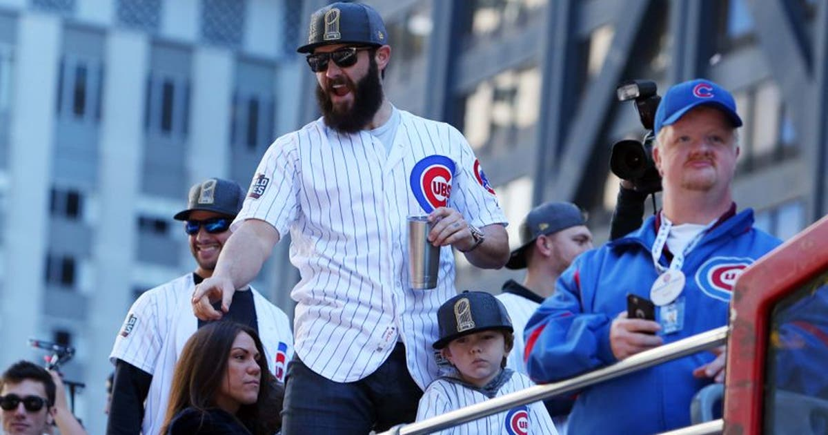 Chicago cubs jake arrieta pays off bet with tommy la for Jake arrieta tattoo