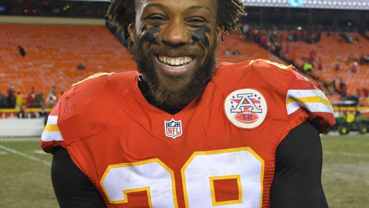 9768899-eric-berry-nfl-denver-broncos-kansas-city-chiefs.vresize.1200.675.high.0