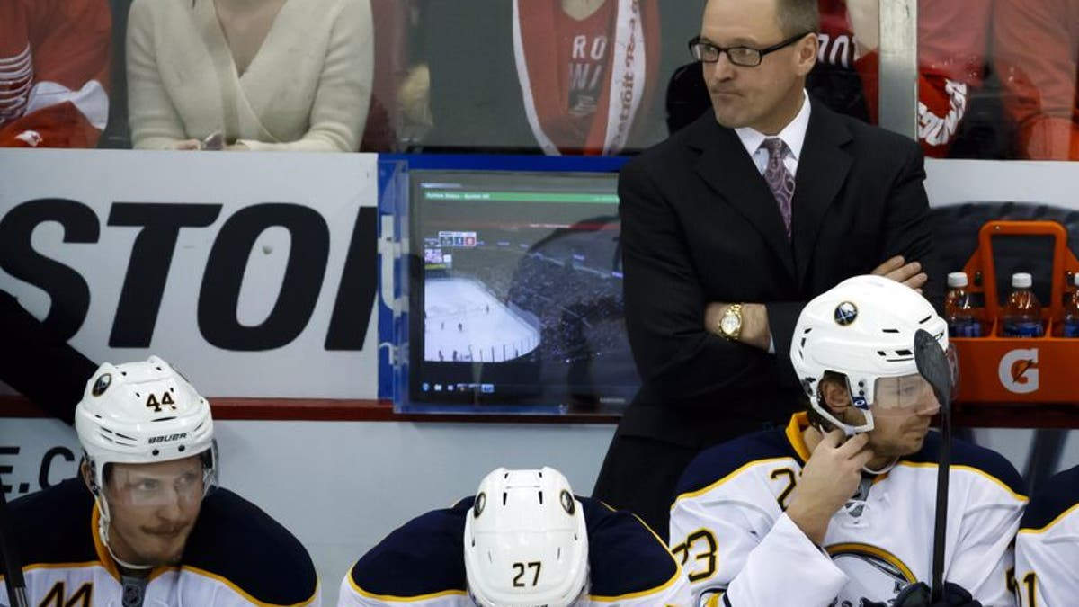 9771360-dan-bylsma-nhl-buffalo-sabres-detroit-red-wings.vresize.1200.675.high.0