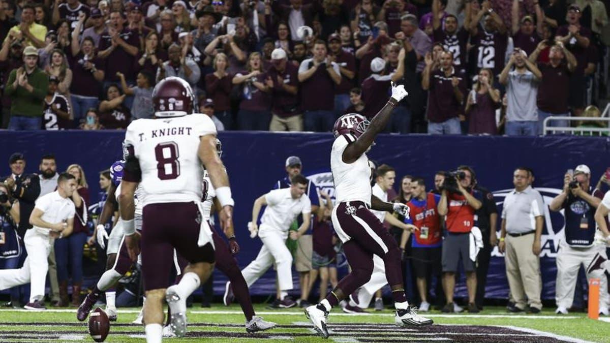 9773047-keith-ford-ncaa-football-texas-bowl-kansas-state-vs-texas-a-m-2.vresize.1200.675.high.0