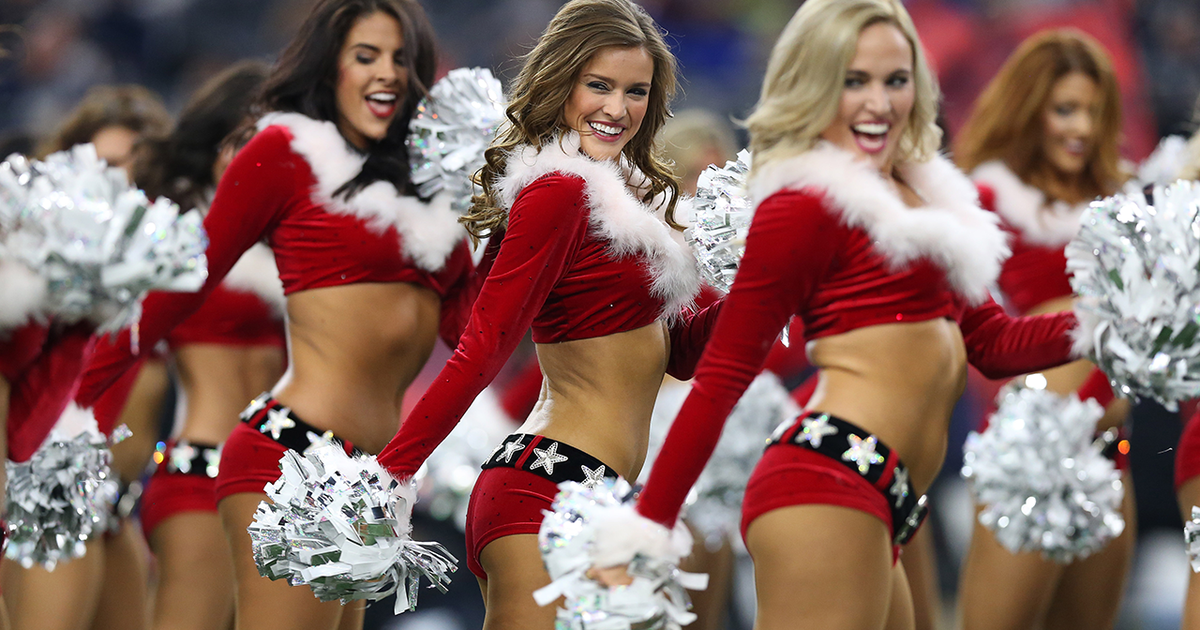 Photos Dallas Cowboys Cheerleaders Christmas Halftime