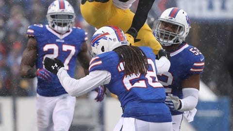 Le'Veon Bell went around, through and over Bills defenders for 298 yards from scrimmage at Buffalo
