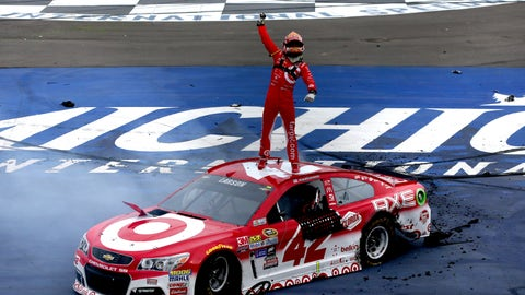 Kevin Harvick captures the pole at Atlanta Motor Speedway