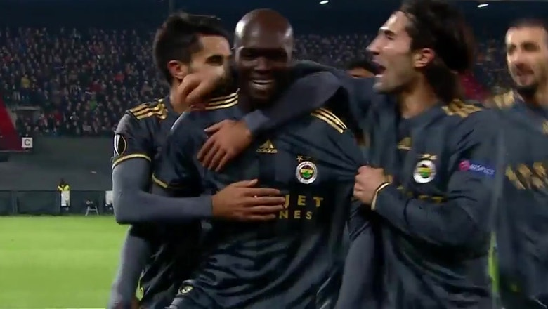 Moussa stunning overhead kick vs. Feyenoord | 2015–16 UEFA Europa League Highlights