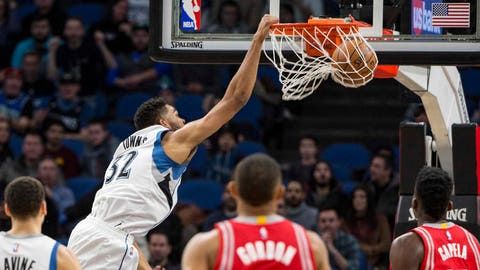 N10-pi-nba-karl-anthony-towns-dunk-121716.vresize.480.270.high.0