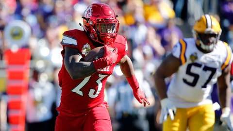 Who will help Lamar Jackson in 2016?