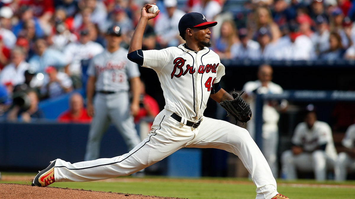 Pi-mlb-braves-julio-teheran-113016.vresize.1200.675.high.0