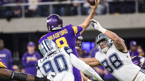 NFL: Dallas Cowboys at Minnesota Vikings