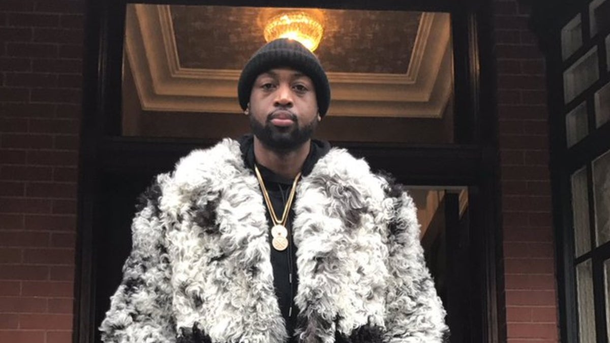 Dwyane Wade's New Year's Eve outfit is better than yours | FOX Sports