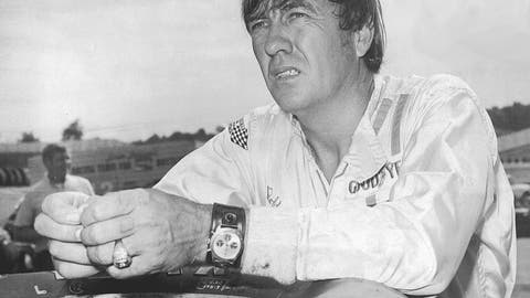 Bobby Isaac, 32
