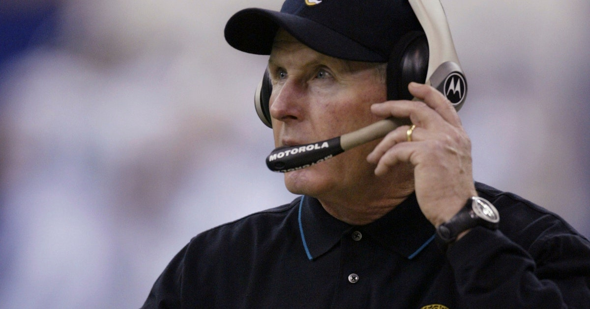 010917-nfl-jaguars-tom-coughlin.vresize.1200.630.high.0