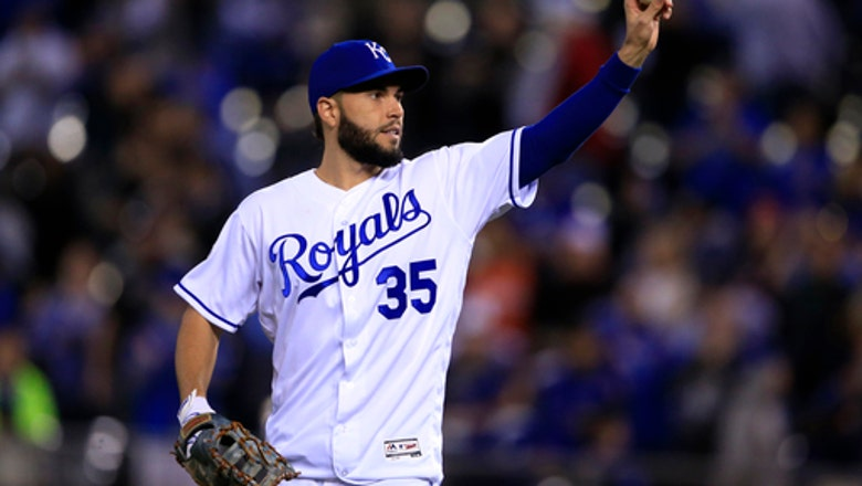 Royals, Hosmer agree to $12.25M deal to avoid arbitration