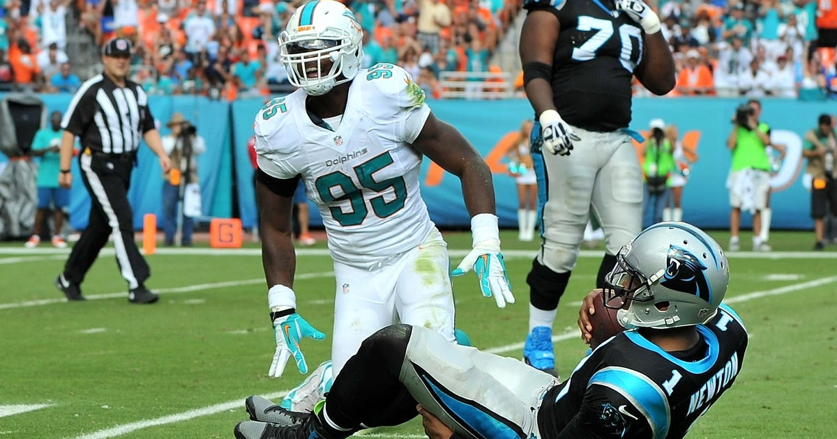 7575424-nfl-carolina-panthers-at-miami-dolphins.vresize.1200.630.high.0