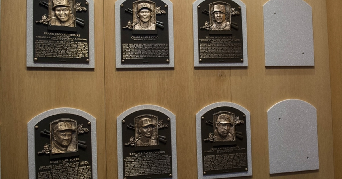 8720137-pedro-martinez-randy-johnson-craig-biggio-john-smoltz-mlb-baseball-hall-of-fame-induction-ceremony-1.vresize.1200.630.high.0