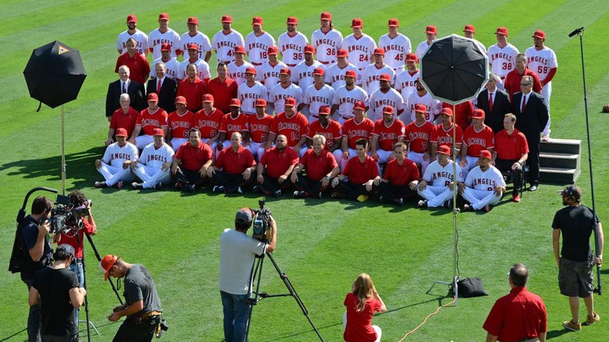 8757675-mlb-chicago-white-sox-los-angeles-angels.vresize.1200.675.high.0