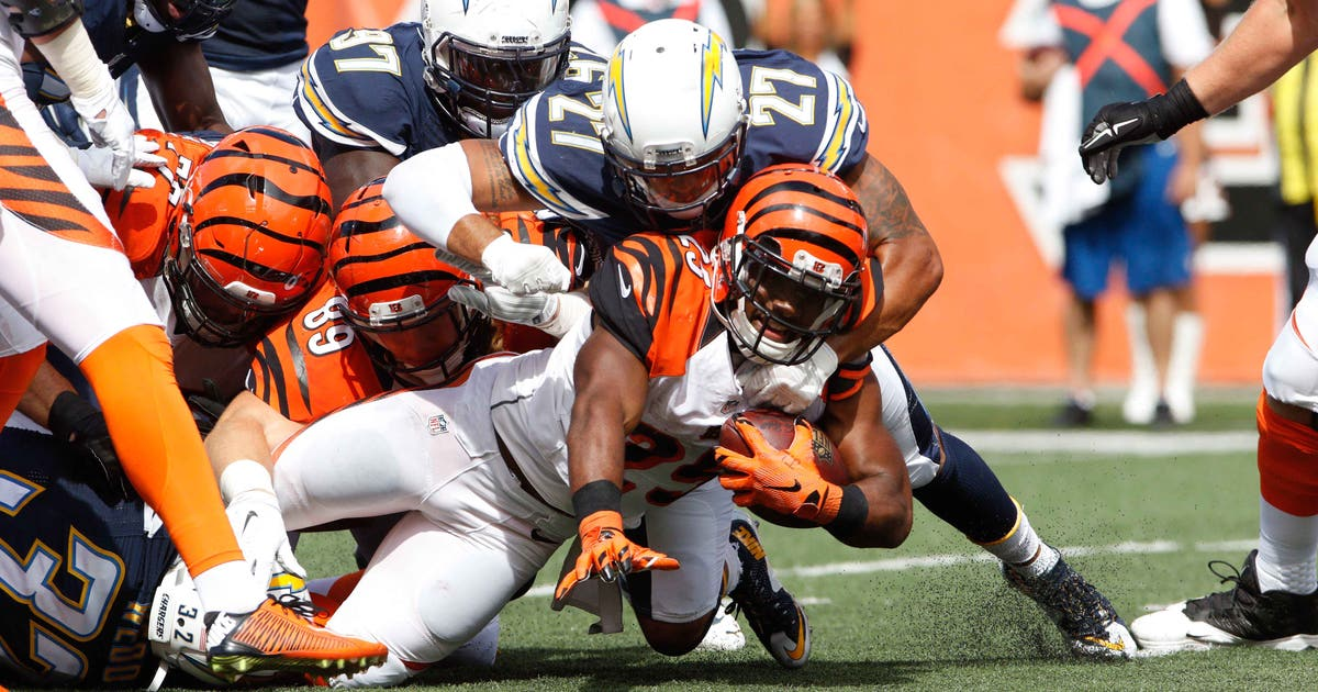 8837676-nfl-san-diego-chargers-at-cincinnati-bengals.vresize.1200.630.high.0