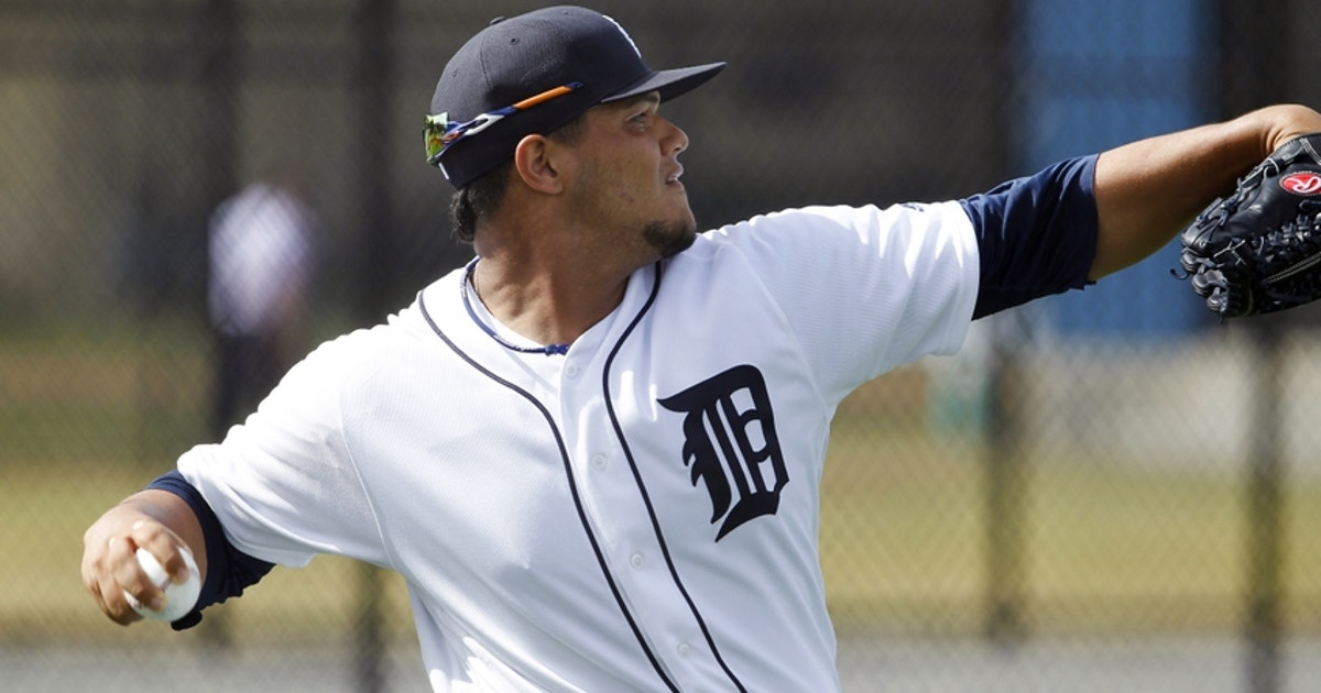 9132480-joe-jimenez-mlb-detroit-tigers-workouts.vresize.1200.630.high.0