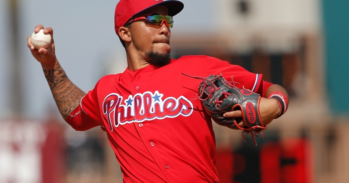 9181187-j.p.-crawford-mlb-spring-training-philadelphia-phillies-pittsburgh-pirates.vresize.1200.630.high.0