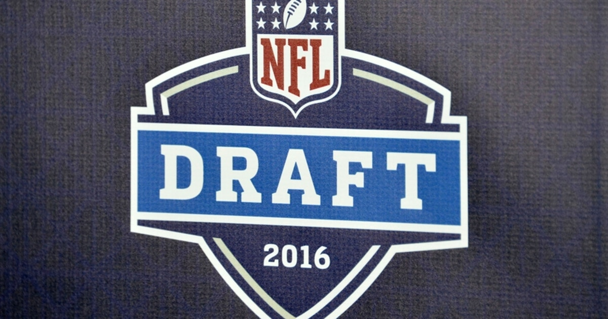 9273473-nfl-los-angeles-rams-draft-party.vresize.1200.630.high.0