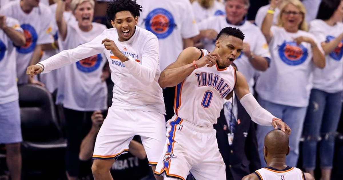 9308097-cameron-payne-russell-westbrook-nba-playoffs-golden-state-warriors-oklahoma-city-thunder.vresize.1200.630.high.0