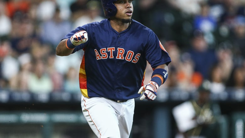 Los Angeles Angels Add Infield Depth with Luis Valbuena