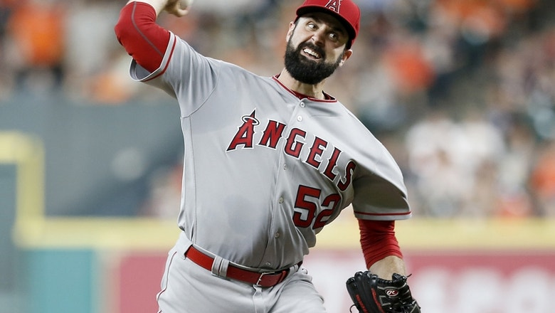 Shoemaker throws to live hitters for first time since season-ending head injury (VIDEO)