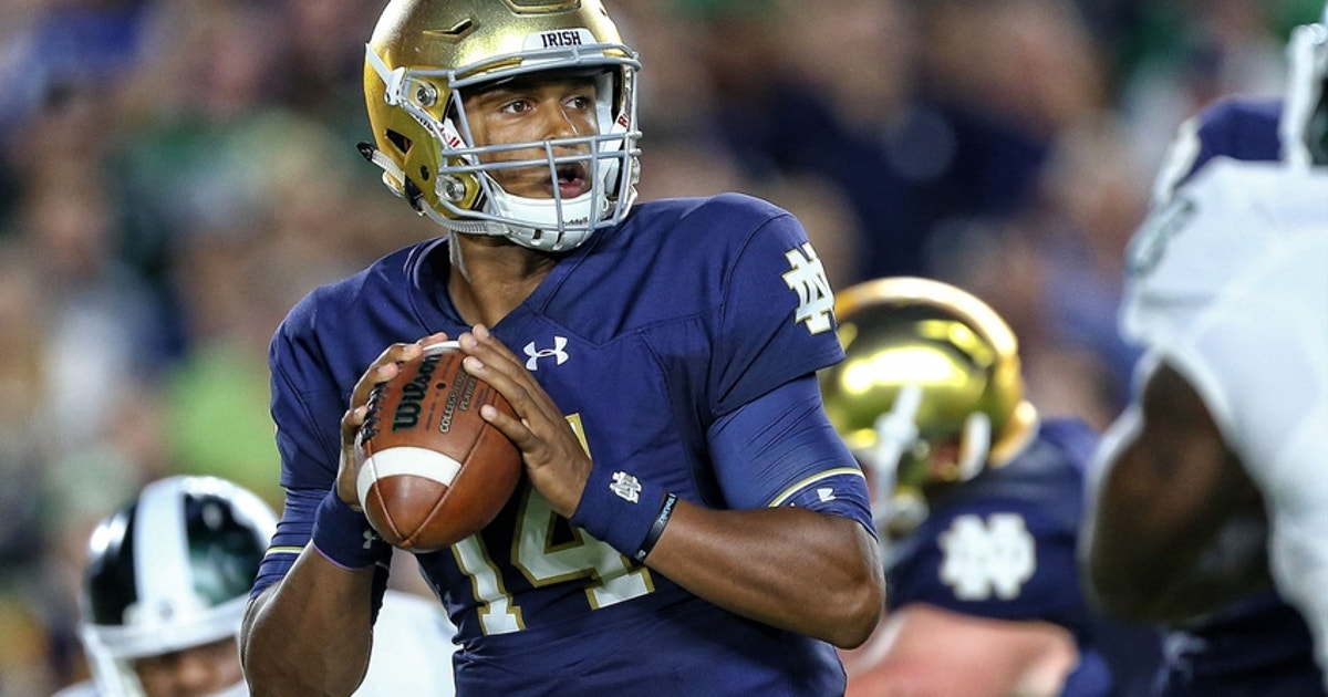 9546594-deshone-kizer-ncaa-football-michigan-state-notre-dame.vresize.1200.630.high.0